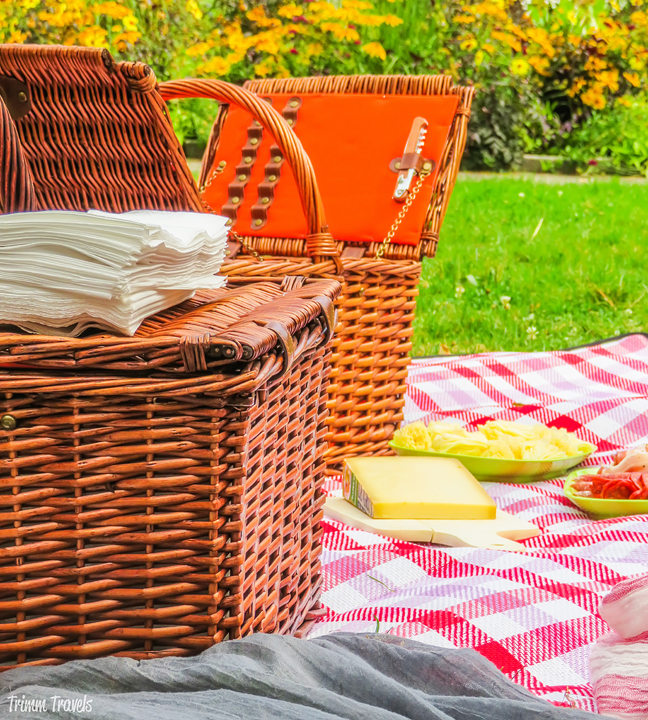 Picnic in Old Town