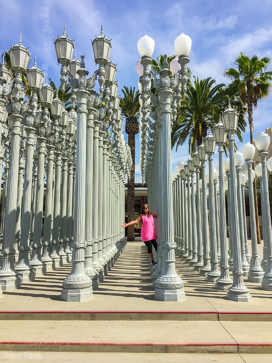 street lamps outside of Los Angeles County of Museum of Art